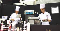 2008年コンクール優勝者ガトー・ド・ボワ中野氏によるデモンストレーション