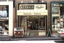ルレ・デセールメンバーでもある「レイナルド」。ここでの仕事の 数々に鍛えられ、フランス菓子の真髄に触れたという豊長シェフ。
